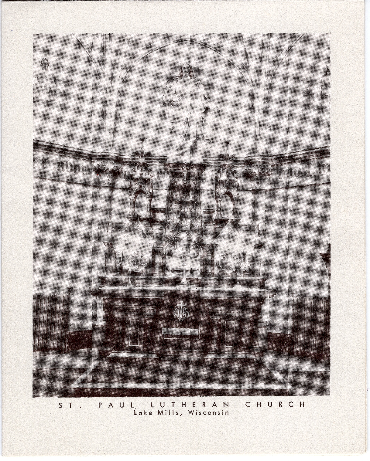 The interior of the new St. Paul Lutheran constructed in 1913