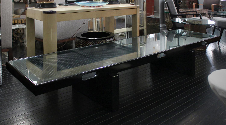 Montoya 95  blk lqr+wire glass top coffeetable385 detail4 hires.jpg