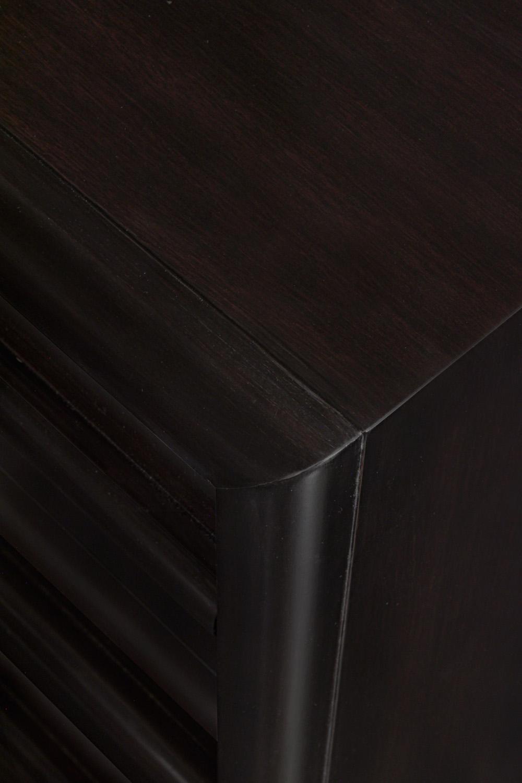 Gibbings 75 3 drwr dowel pull nightstands86 detail4 hires.jpg