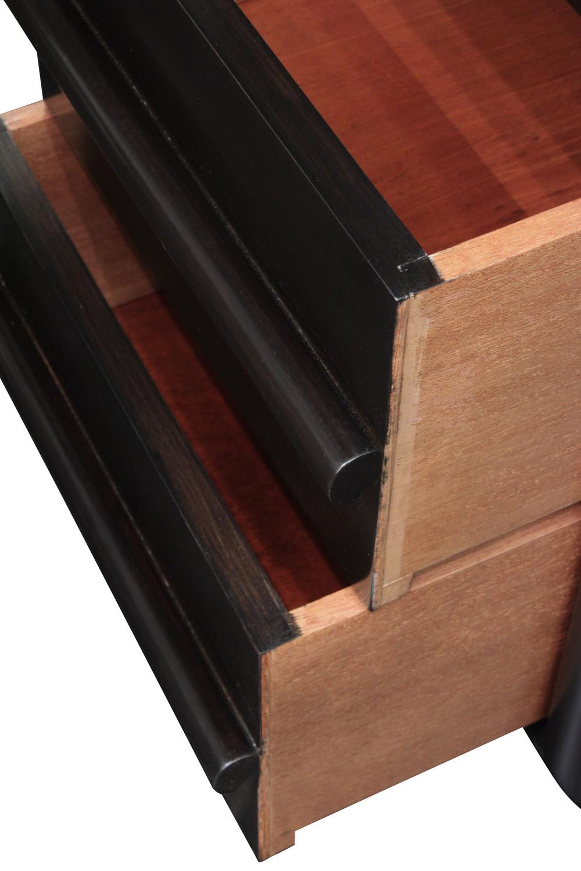 Gibbings 75 3 drwr dowel pull nightstands86 detail5 hires.jpg