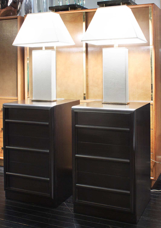 Gibbings 75 3 drwr dowel pull nightstands86 detail6 hires.jpg