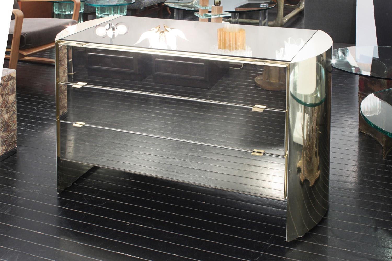 Paoletti 75 brass+smoke mirror nightstands100 detail6 hires.jpg
