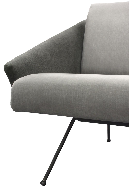 Italian 85 small splayed legs sofa77 detail4 hires.jpg