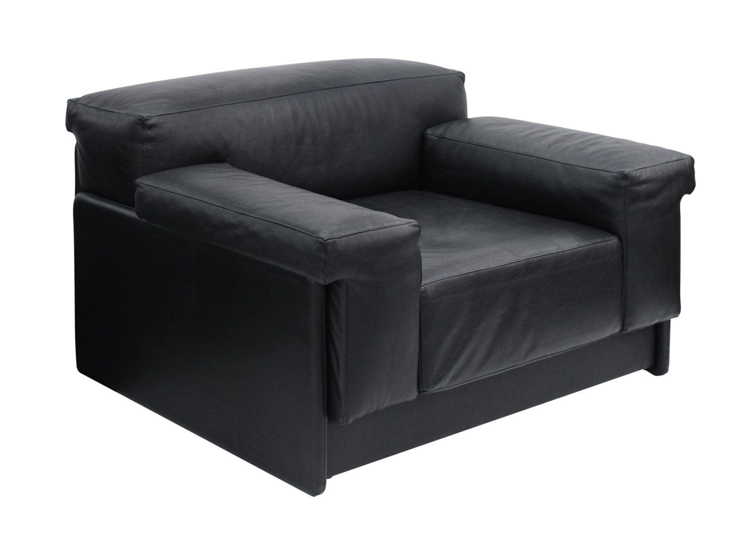 Probber 95 chunky black leather clubchairs46 single hires.jpg