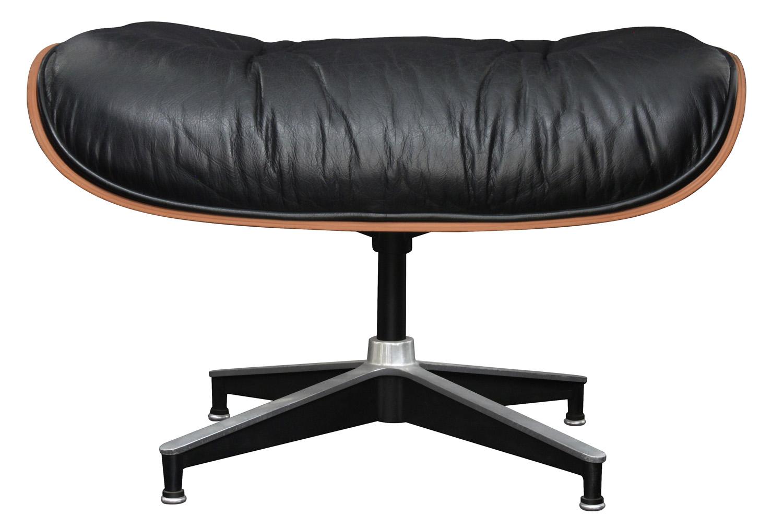 Eames 55 670+671 rosewd+blk lthr chair&ottoman58 detail3 hires.jpg