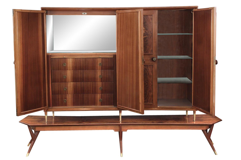 Diez 150 inlay 4 door backlit cabinet3 detail1 hires.jpg