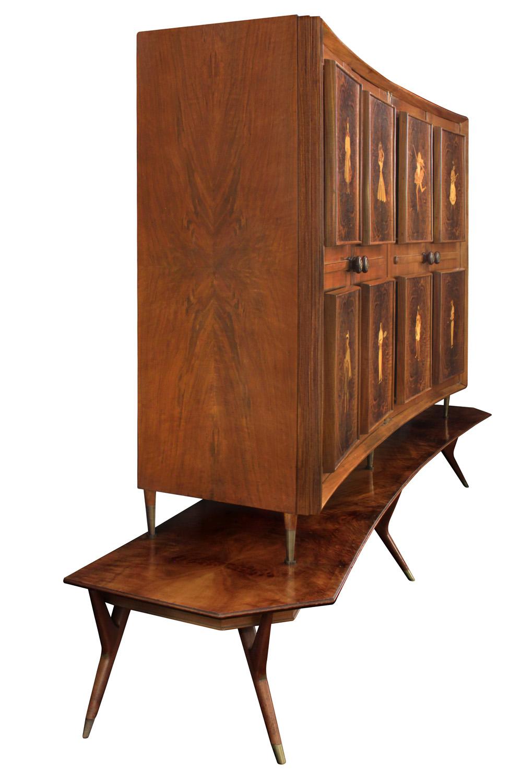 Diez 150 inlay 4 door backlit cabinet3 detail2 hires.jpg