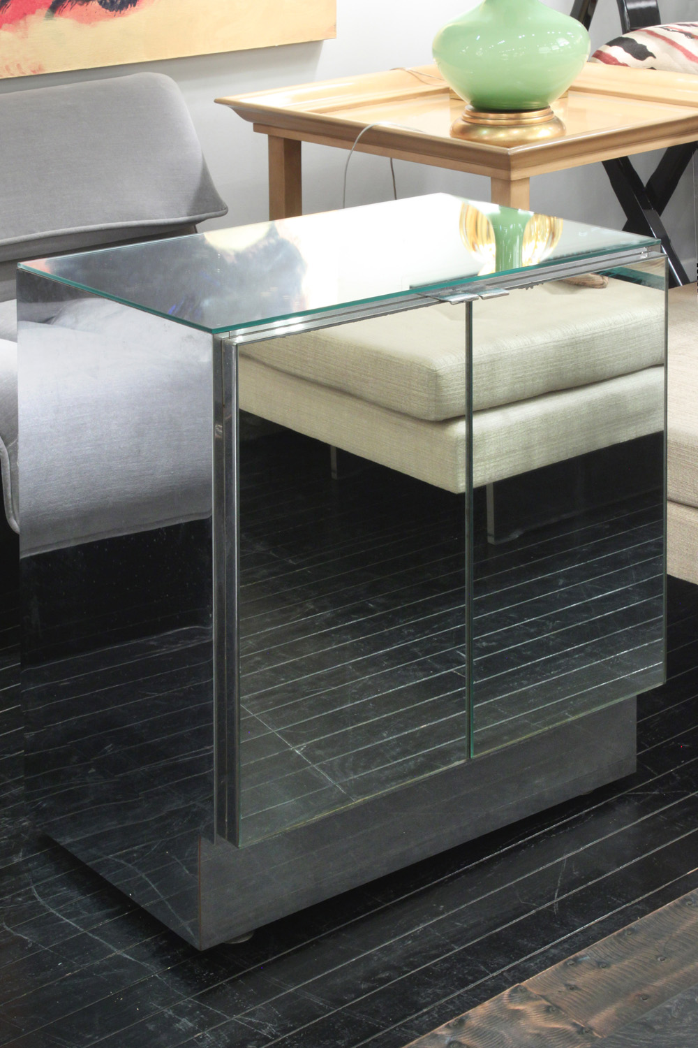 Ello 35 2 dr mirrored cabinet43 detail5 hires.jpg