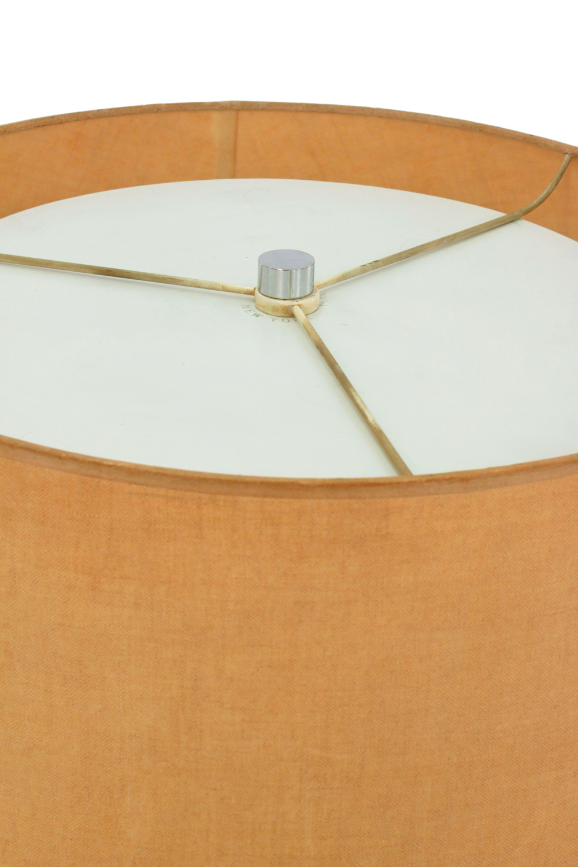 Gibbings 25 polishd chrom sqr bas tablelamp152 top hires.jpg