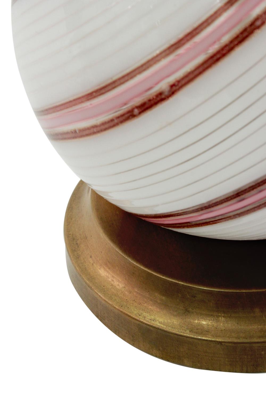 Martens 40 bulbousavven thread tablelamps107 detail2 hires.jpg
