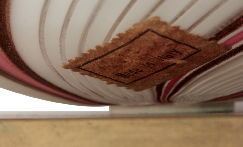 Martens 40 bulbousavven thread tablelamps107 tag hires.jpg