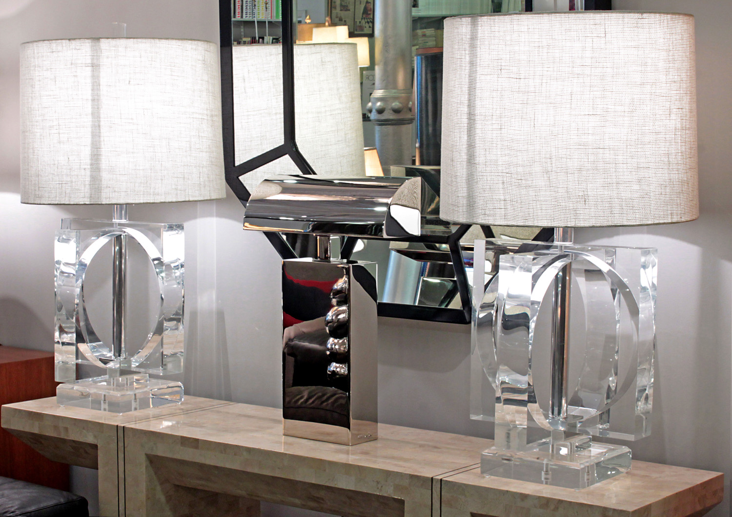 70s 85 large lucite open sphere tablelamps312 detail6 hires.jpg