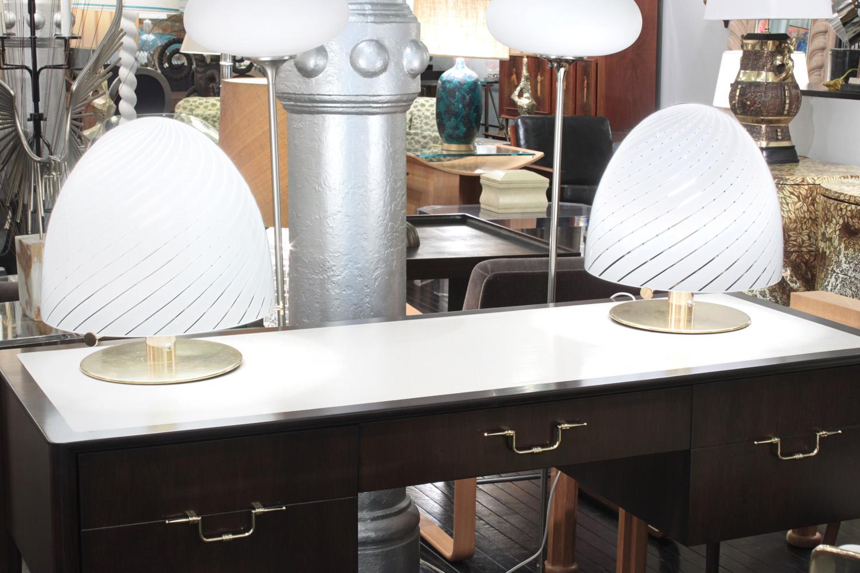 Murano 55 lrg mushroom swirl tablelamps331 detail5 hires.jpg