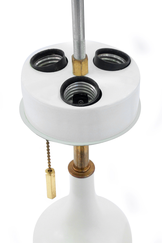 Hansen 45 white porc brass accent tablelamps310 detail1 hires.jpg