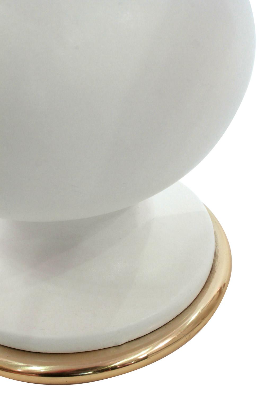 Hansen 45 white porc brass accent tablelamps310 detail2 hires.jpg