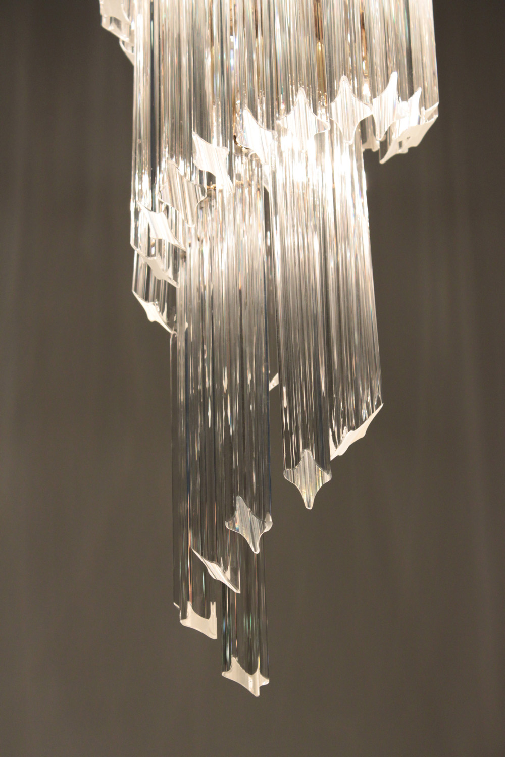 Venini 65 medium spiral glas rods chandelier lower hires.jpg