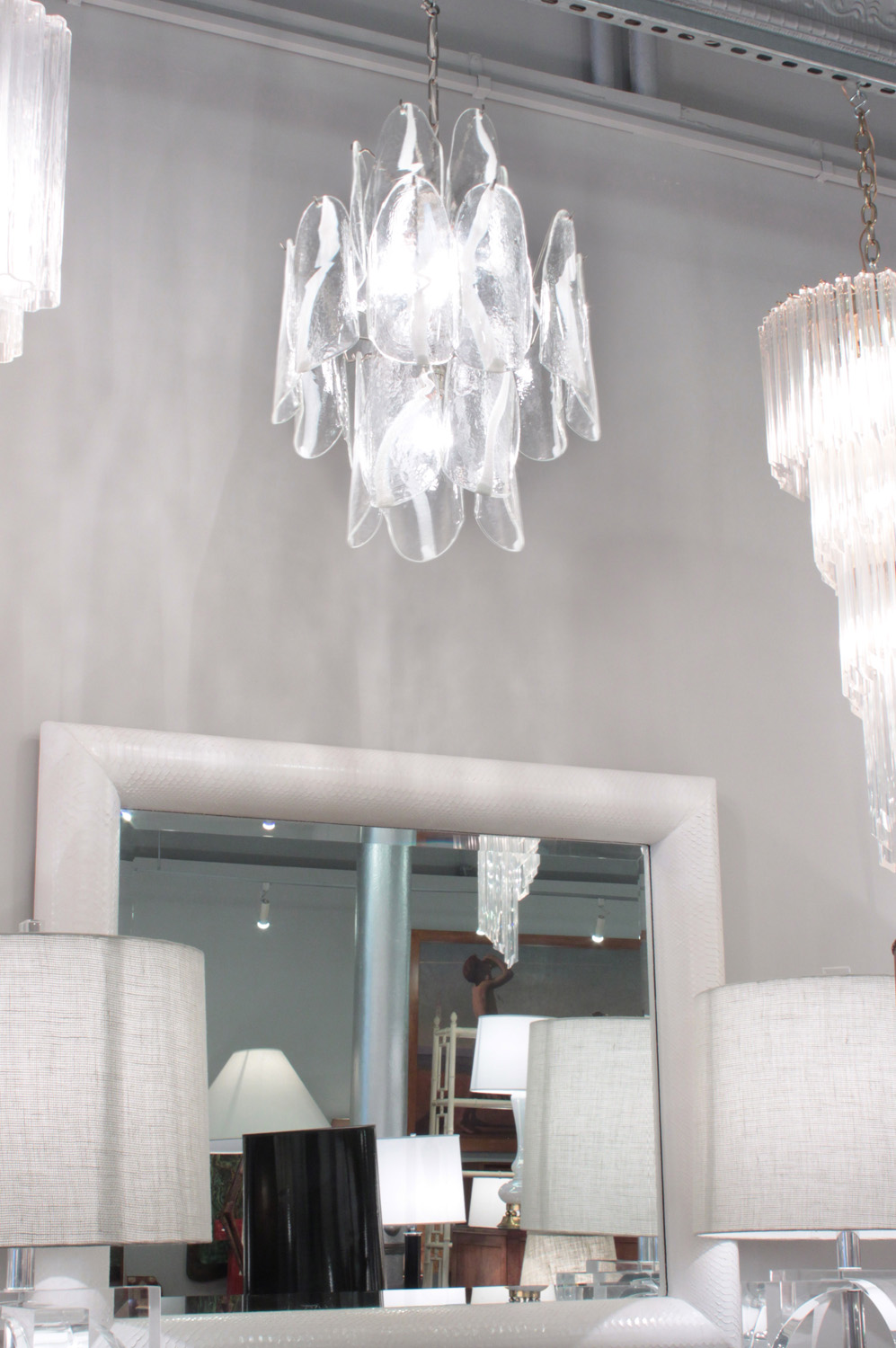Mazzega 65 clear+white fasce chandelier196 detail4 hires.jpg