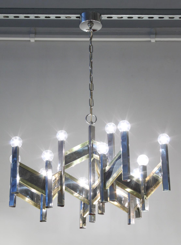 Sciolari 55 chrome+brass angular chandelier215 detail3 hires.jpg