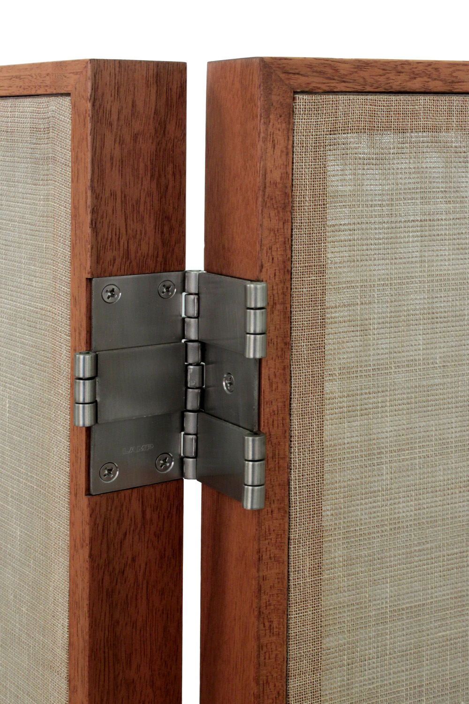 Hayes 75 90's walnut sheer linen 2x screens16 detail2 hires.jpg