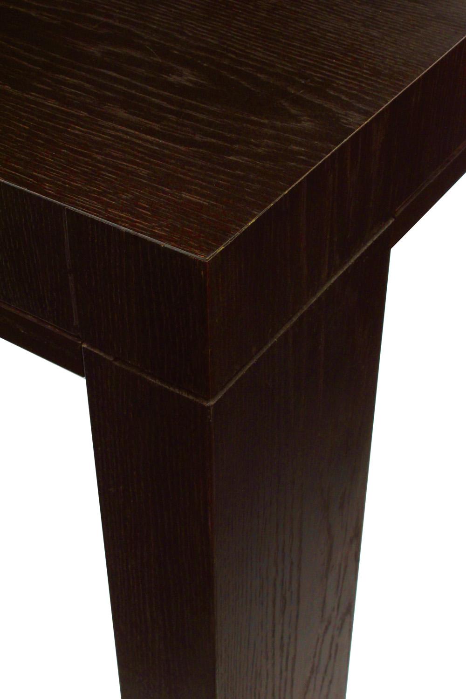 Liagre 85 dark oak diningtable137 detail1 hires.jpg