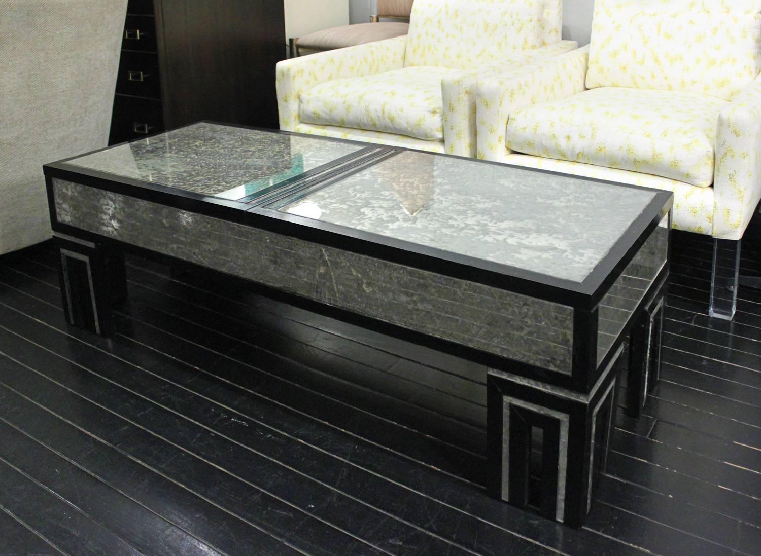 Mont 75 sliding top mottled glass coffeetable401 detail7 hires.jpg