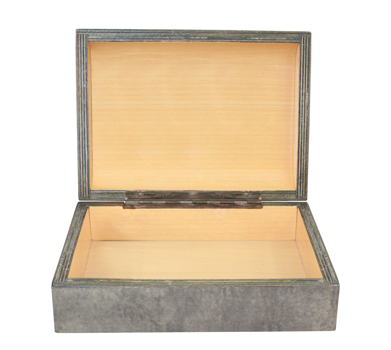 70s 25 laqrd goatskin box accessory146 detail1 hires.jpg