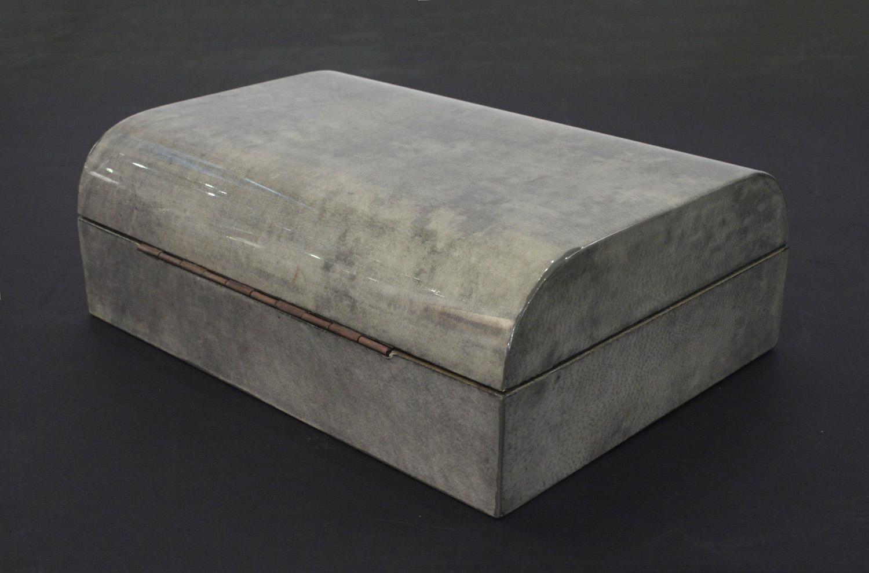 70s 25 laqrd goatskin box accessory146 detail3 hires.jpg