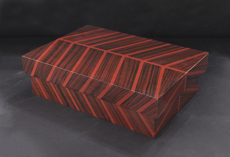 Springer 35 brownlines  lqrd box accessory147 detail1 hires.jpg