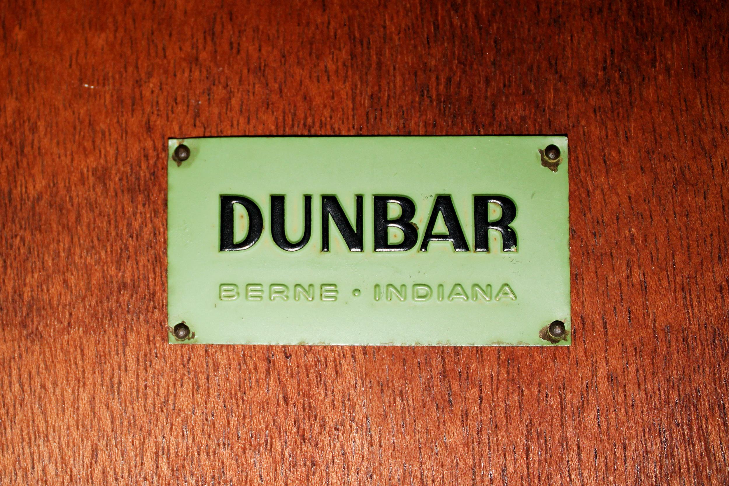 Dunbar 120 round travertine+mahg coffeetable  26 detail2.jpg