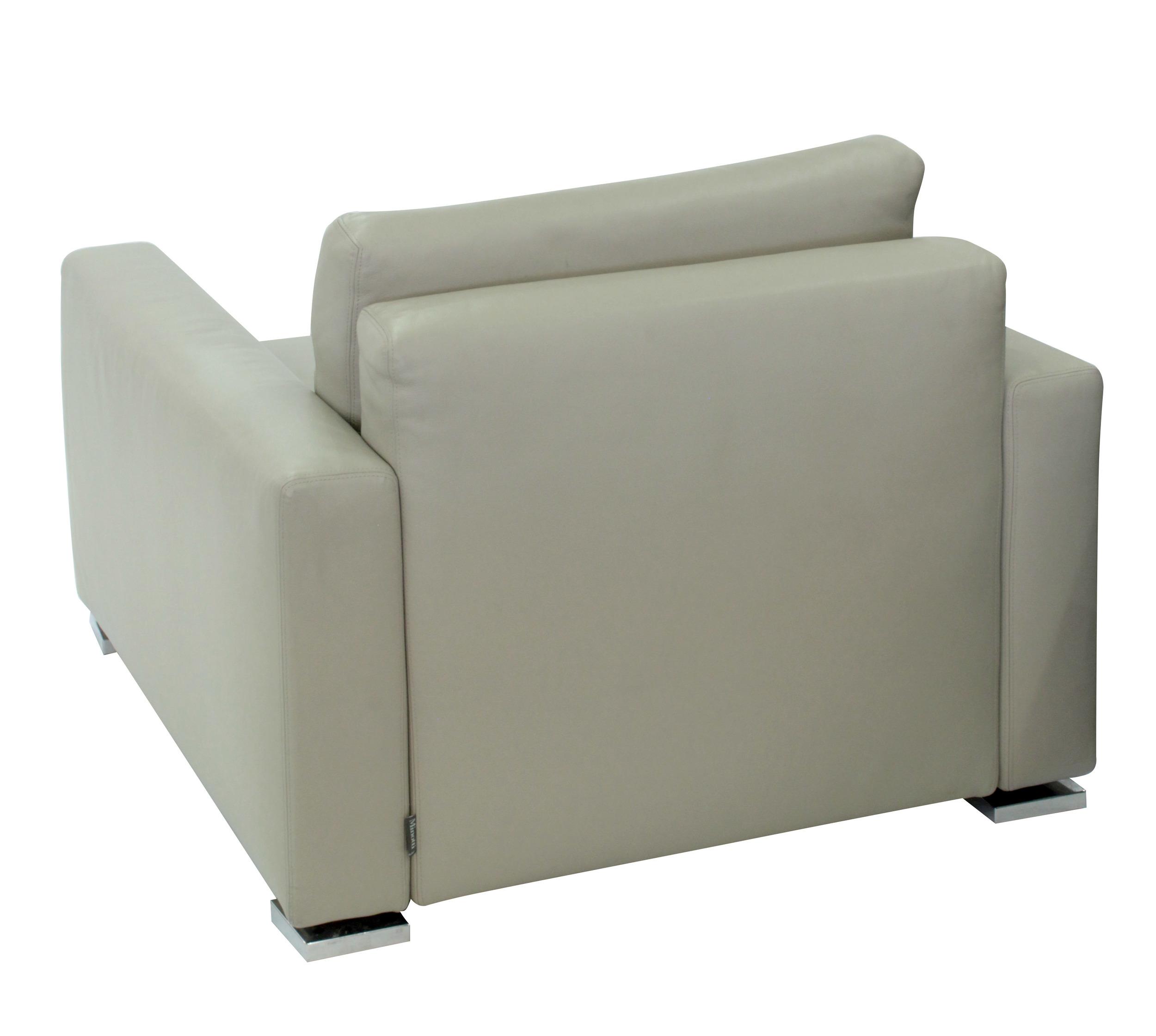 Minotti 65 cleanline lthr clubchairs54 detail3 hires.JPG