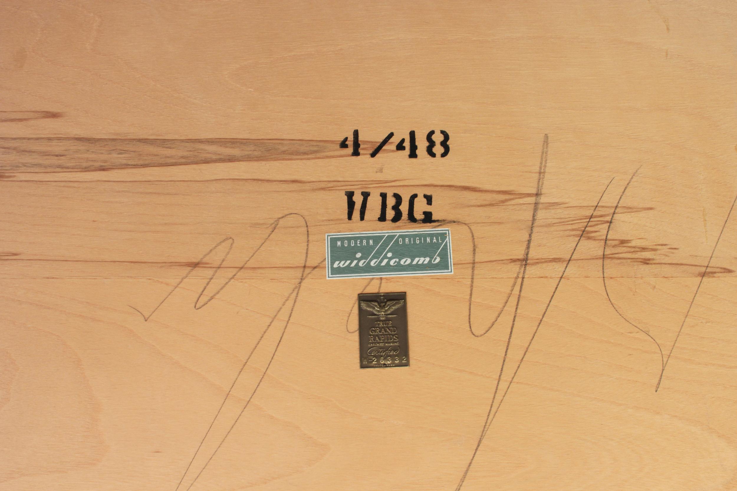 Gibbings 55 square blchd walnut coffeetable45 hires detail 4.jpg