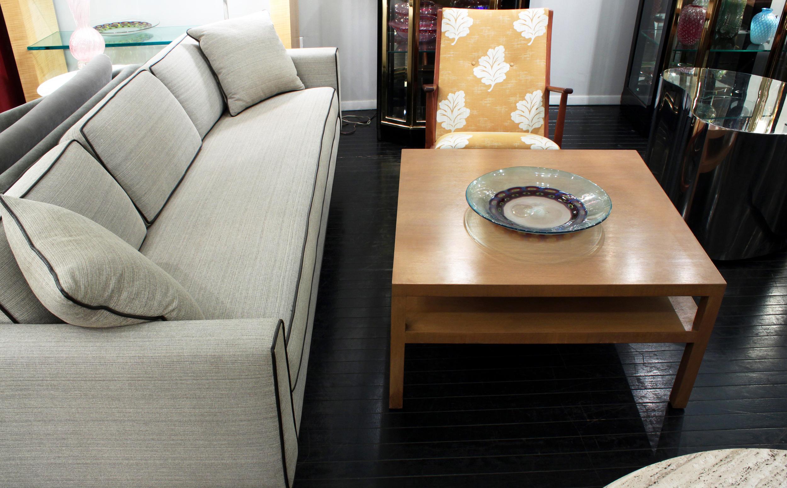 Gibbings 55 square blchd walnut coffeetable45 hires detail 5.jpg