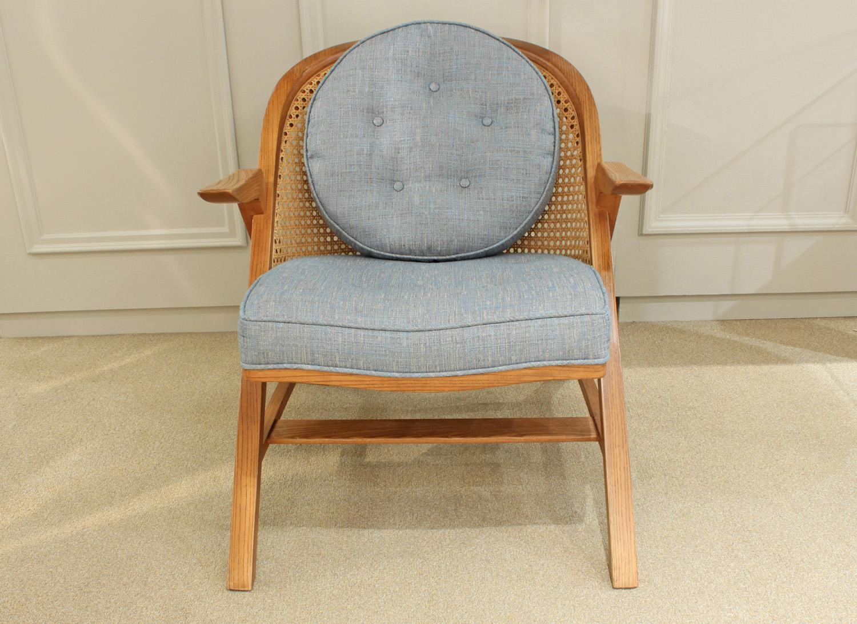Dunbar 85 5700 lam ash+cane loungechair94 hires detail 2.jpg