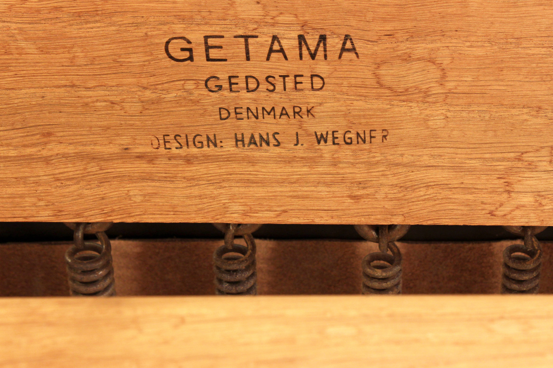 Wegner Getama 120 teak+lthr chair&ottoman61 hires detail 1.jpg