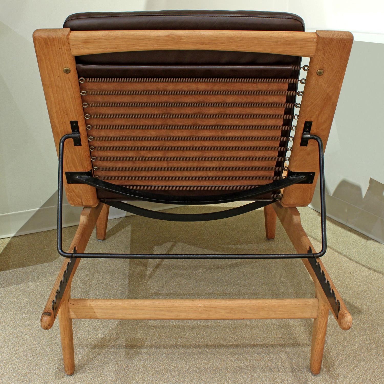 Wegner Getama 120 teak+lthr chair&ottoman61 hires detail 2.jpg