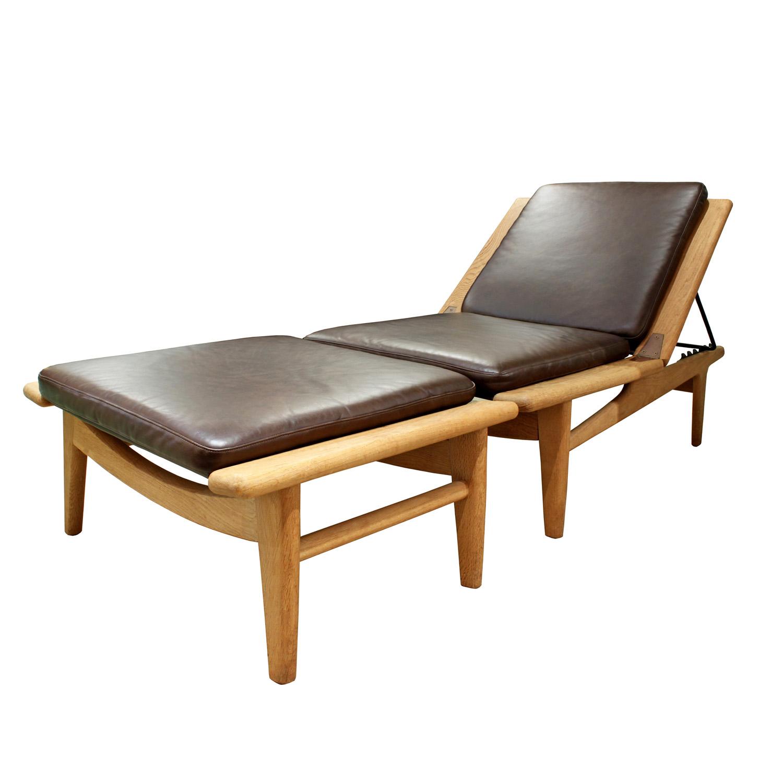 Wegner Getama 120 teak+lthr chair&ottoman61 main hires.jpg