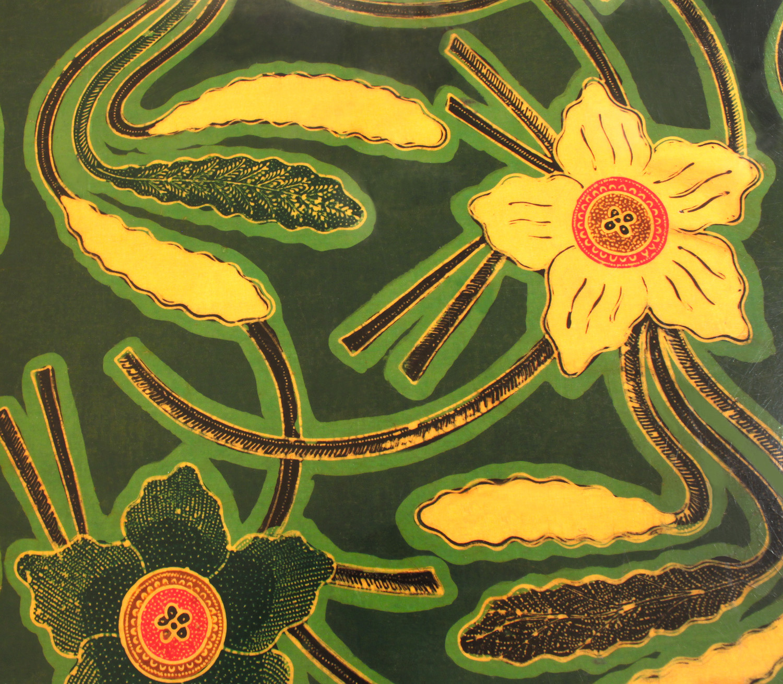 Springer 150 lqrd flower batik gametable48 hires detail.jpg
