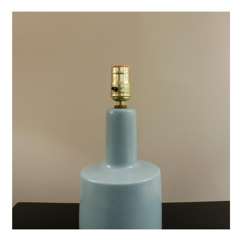Martz 5 small blue tablelamp236 hires detail2.jpg