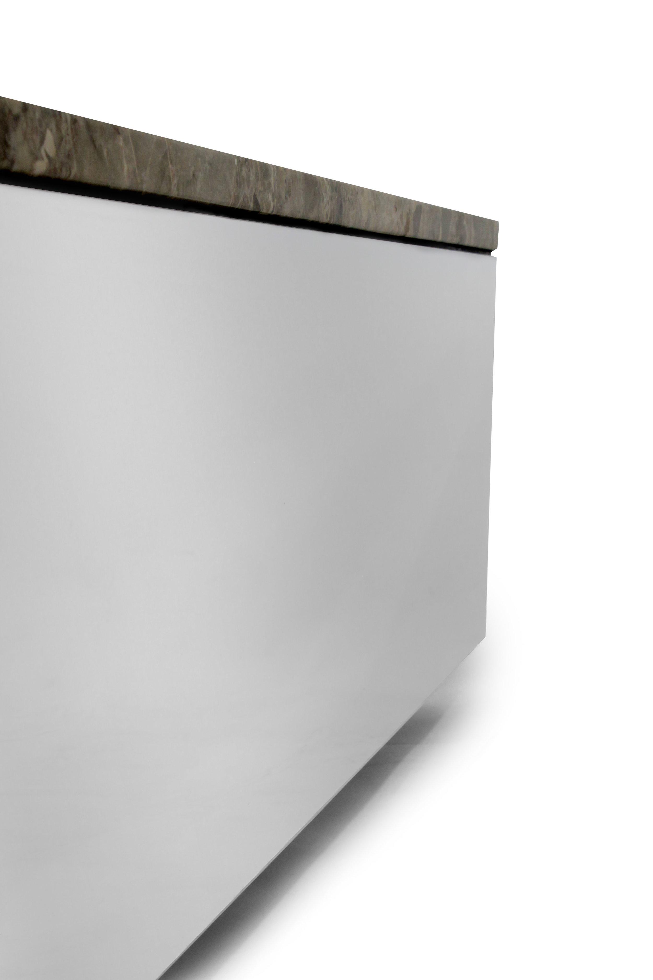 Brueton 85 polished steel+marble coffeetable75 detail4 hires.JPG