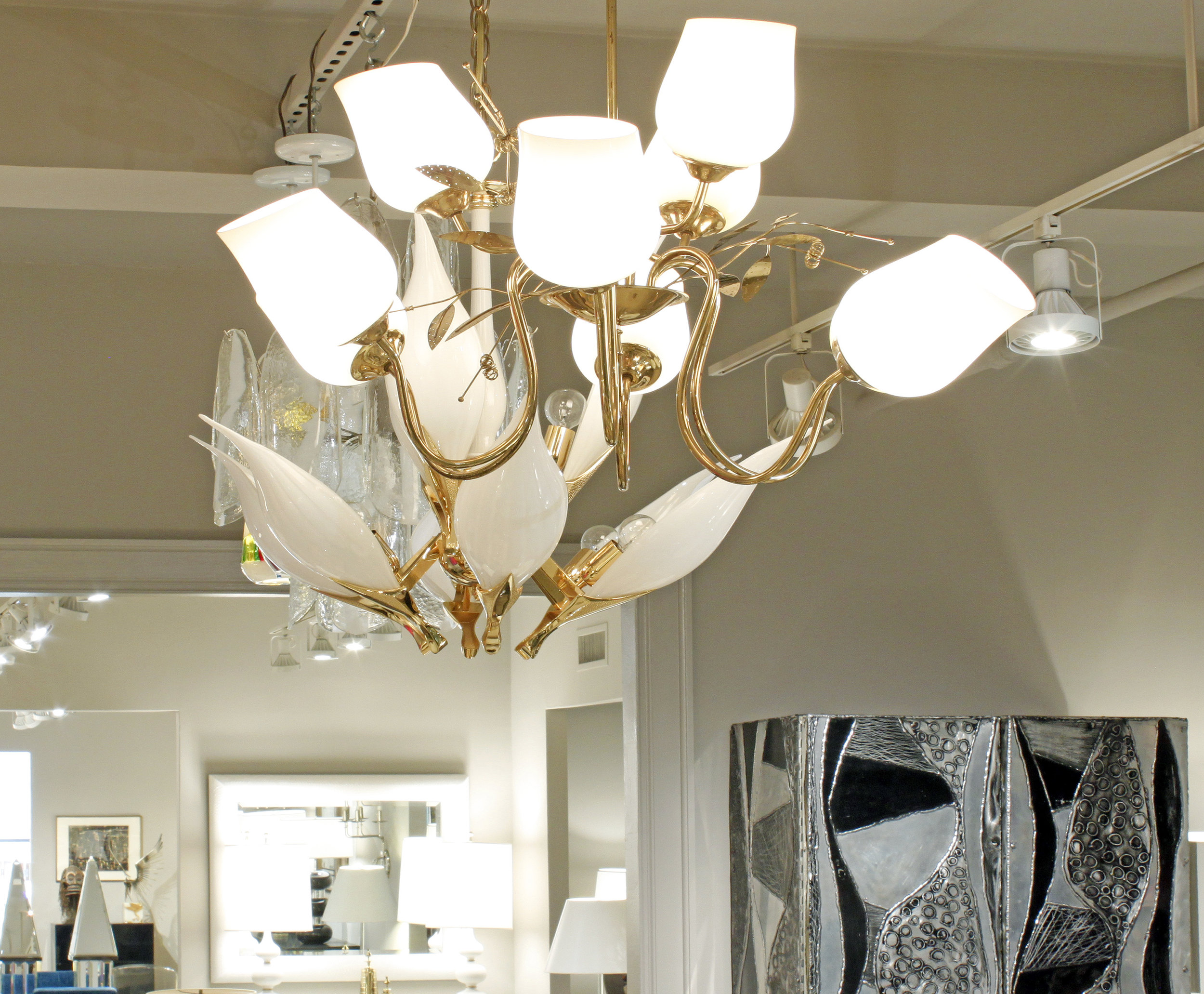 Tynell 150 brass+9amberglass shds chandelier224 hires atm.jpg