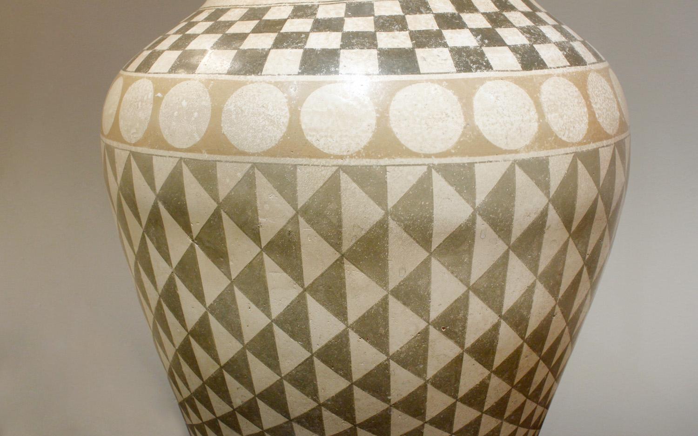 Trattoria G 55 ceramic geom decor tablelamp221 hires ceramic detail 2.jpg