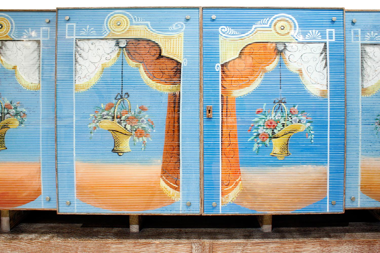 Ponti Fontana Arte painted gls cabinet47 hires front doors detail.jpg
