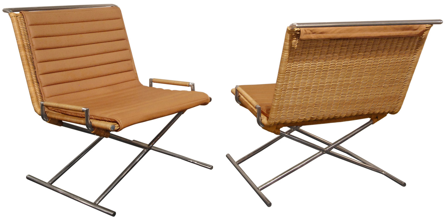 Bennet 150 Sled Chairs loungechairs115 hires crop.jpg