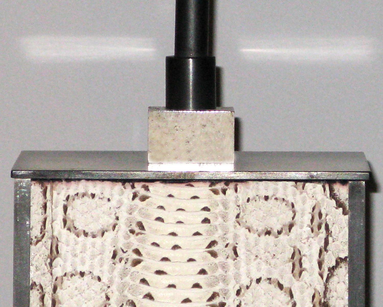 Springer 120 whiteboa+blk bronze tablelamps212 bone hires.jpg