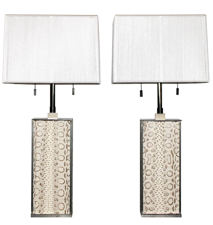 Springer 120 whiteboa+blk bronze tablelamps212 hires.jpg