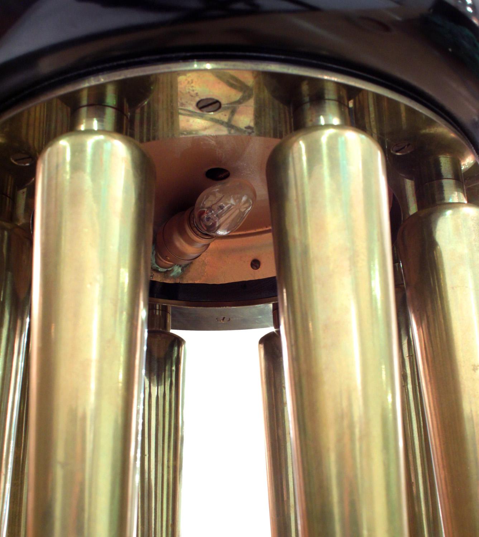 Mont 220 black blk+bronze legs tablelamps316 detail2 hires.jpg