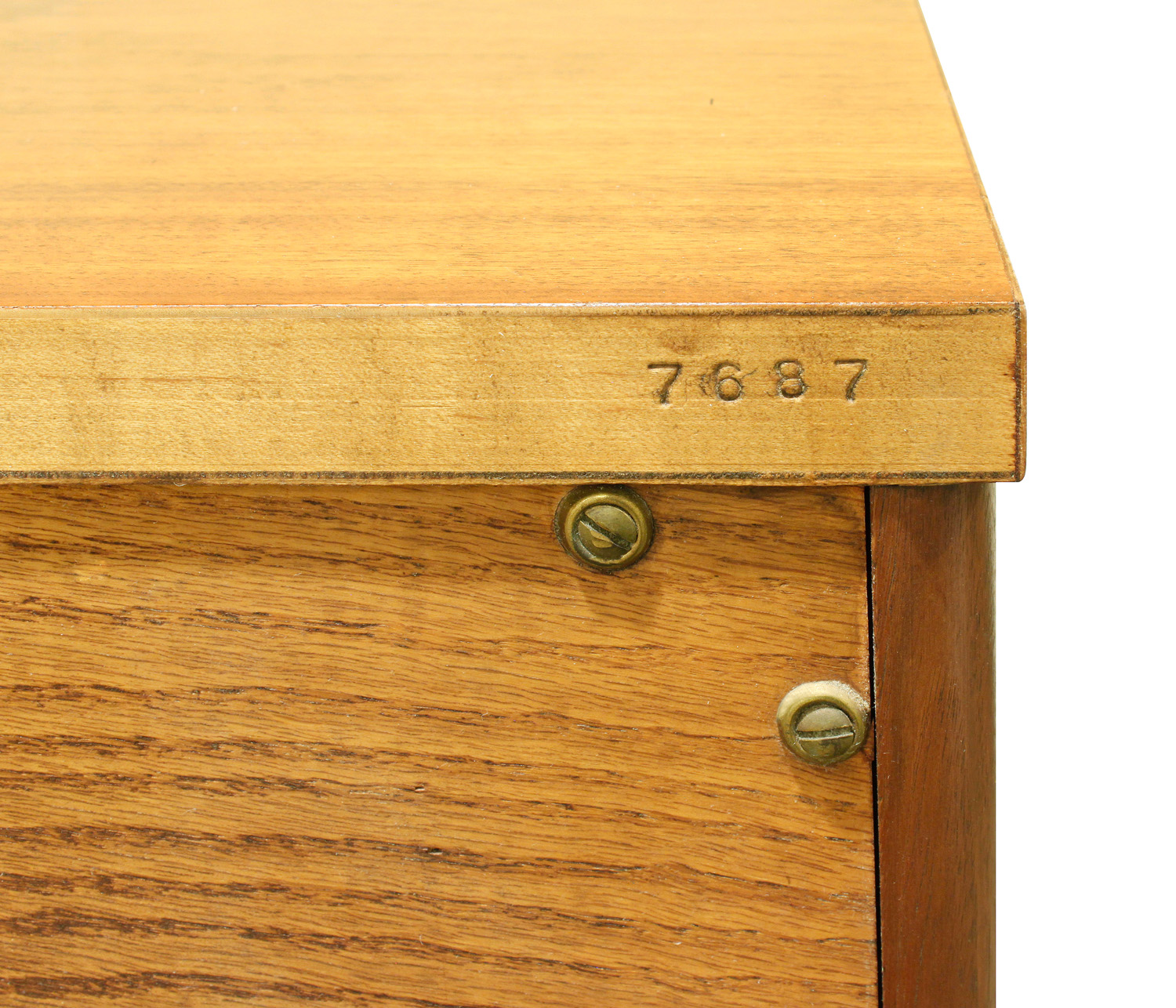 John Widdicomb 75 long chest chestofdrawers153 l num.jpg