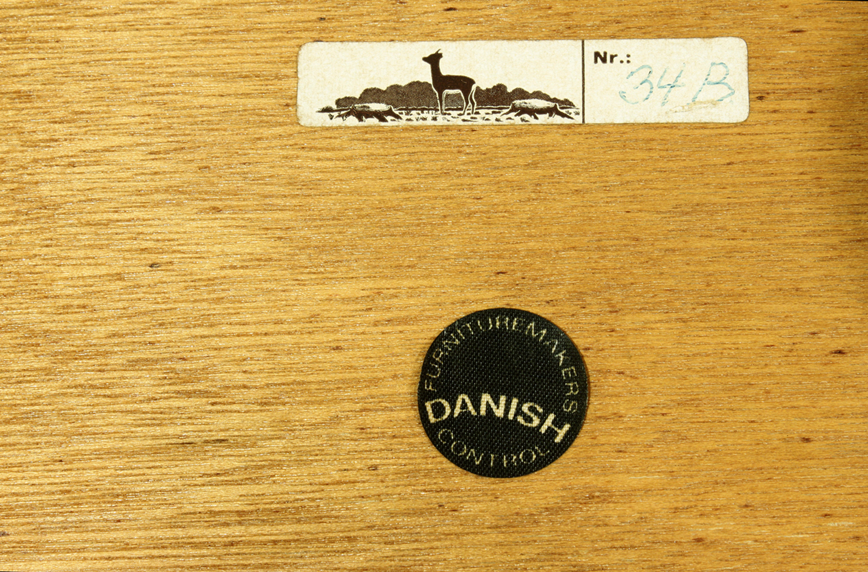 Danish 35 set3 teak taper leg nestingtables21 label.jpg
