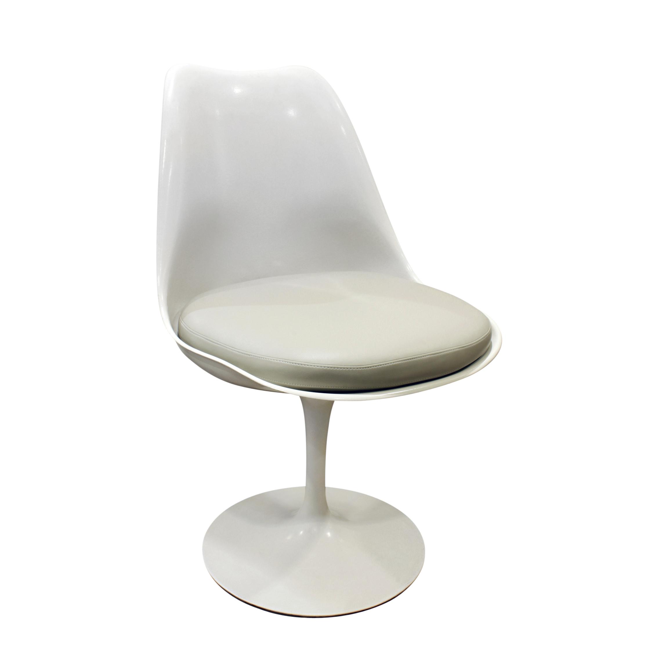 Saarinen 40 Tulip set 4 diningchairs179 agl.jpg
