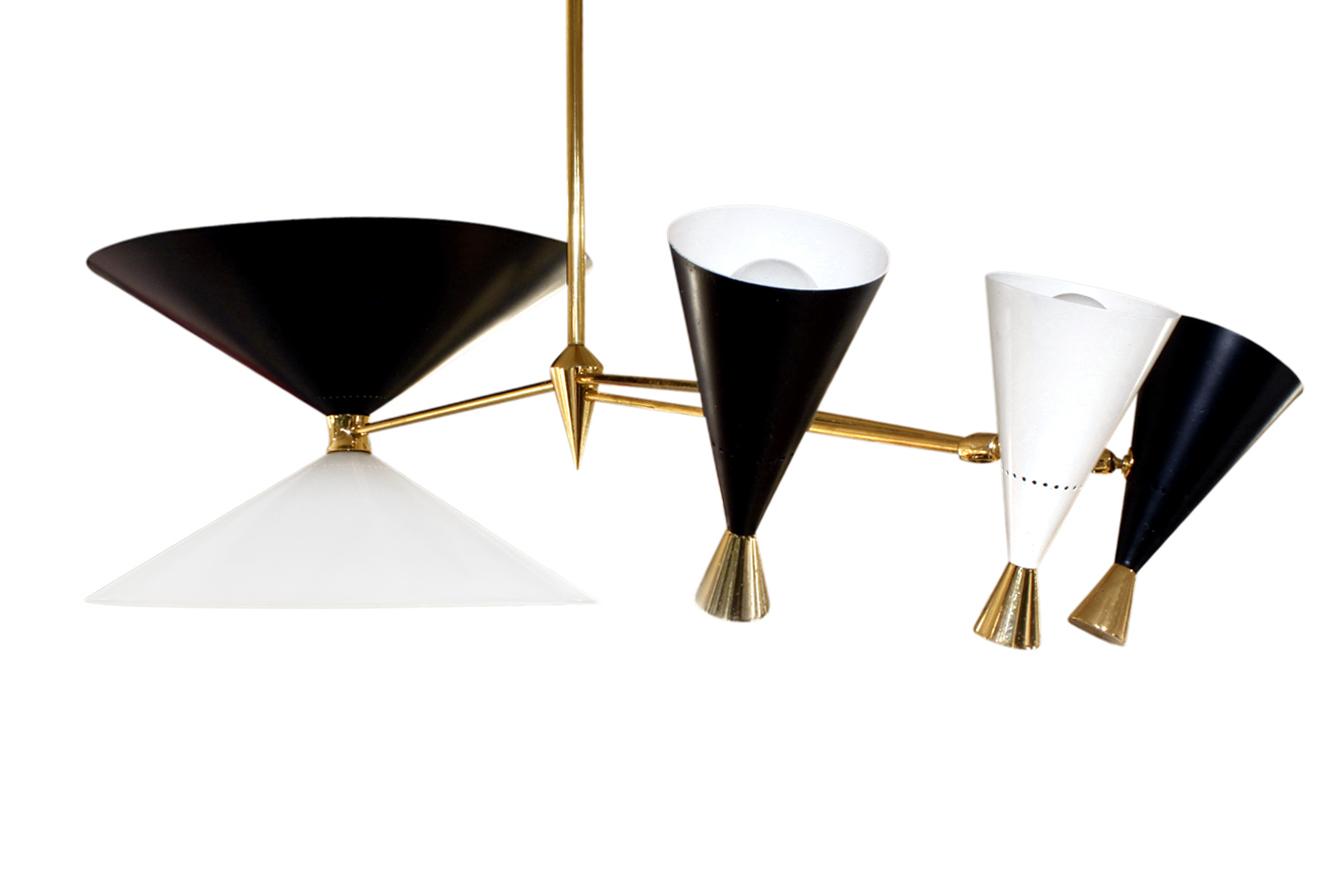 Arredoluce 300 3 sml cones chandelier234 angl.jpg